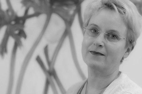 Beate Braune-Leisten in ihrem Atelier, 2014 - Portrait von Dietmar Simsheuser