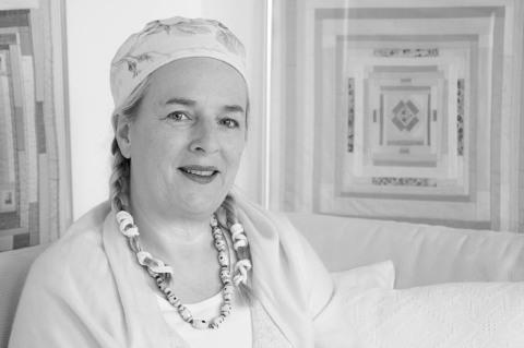 Angelika Krohne in ihrem Atelier, 2015 - Portrait von Dietmar Simsheuser